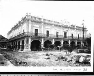 Palacio Municipal de Monterrey a principios del siglo XX. Miguel Nieto.