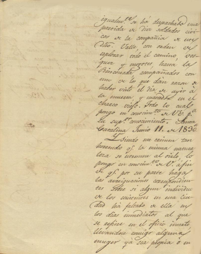 Informe dado por el alcalde de Santa Catarina al gobernador del estado en donde menciona el hallazgo del cuerpo de una mujer completamente mutilado en el camino del Saltillo a Monterrey. El documento está fechado el 12 de junio de 1830. 05.
