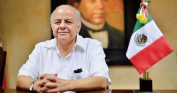 Frías Castro se postula como candidato independiente.