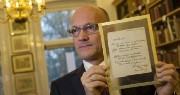 Subastan un poema de Ana Frank por 140.000 euros