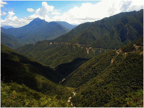 Sierra Madre Oriental. Cerros de Monterrey.