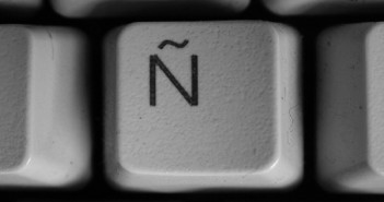 "Historia de la letra ""Ñ"""